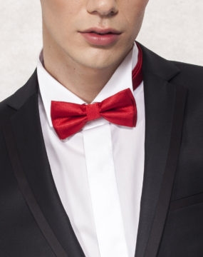 kravata-model-6b