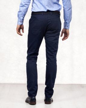 pantalone-model-12b