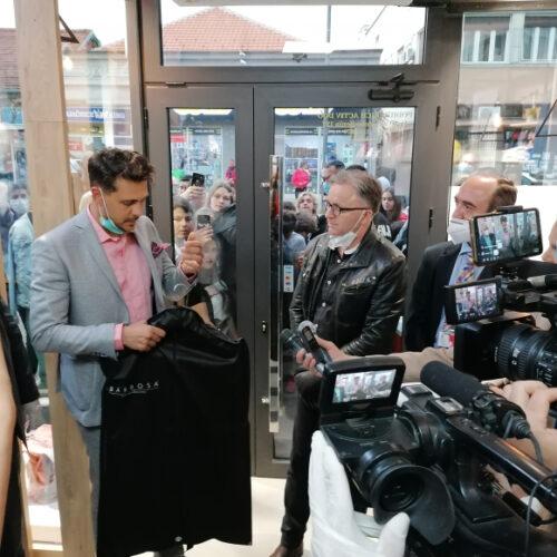 Barbosa Miloš Biković poklon za heroje